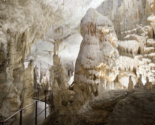 Grotte-Postojna-slovenie